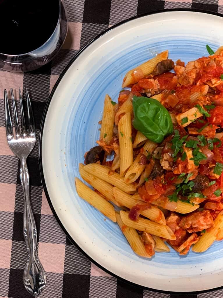 Recette facile de pâtes au thon et aux tomates