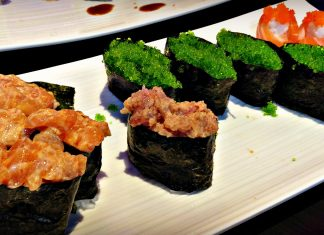 Saumon épicé, caviar de wasabi - Sushi Crystal