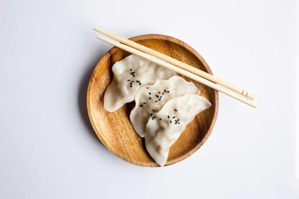 Trio de dumplings cuits à la vapeur