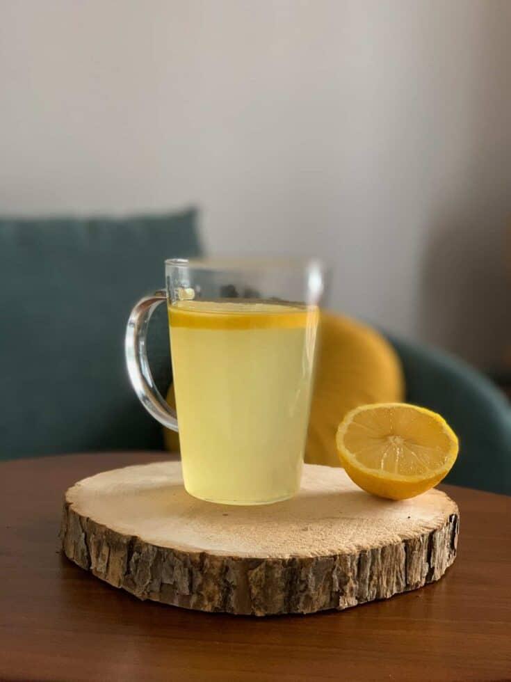 Grog anti-grippe au miel et citron