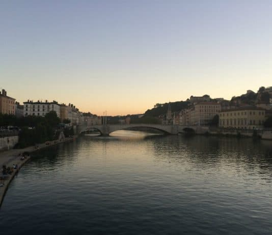 Lyon au coucher de soleil