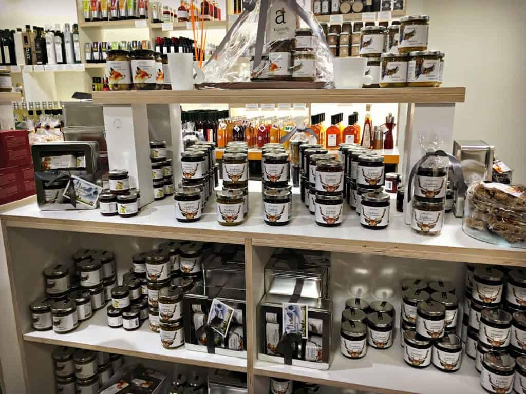 La collection Montagne - Andrea Jourdan La Boutique - Marché Jean-Talon - Montréal