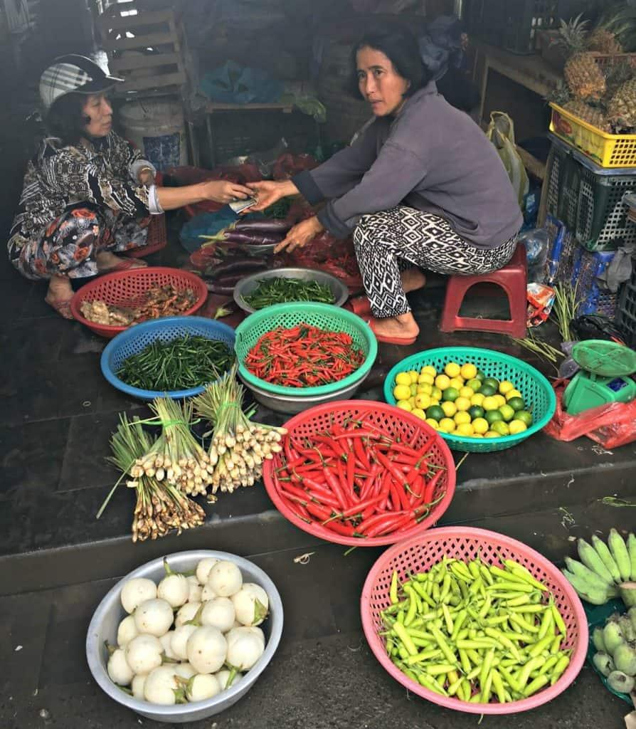 Les piments au marchés - guide gourmand vietnam