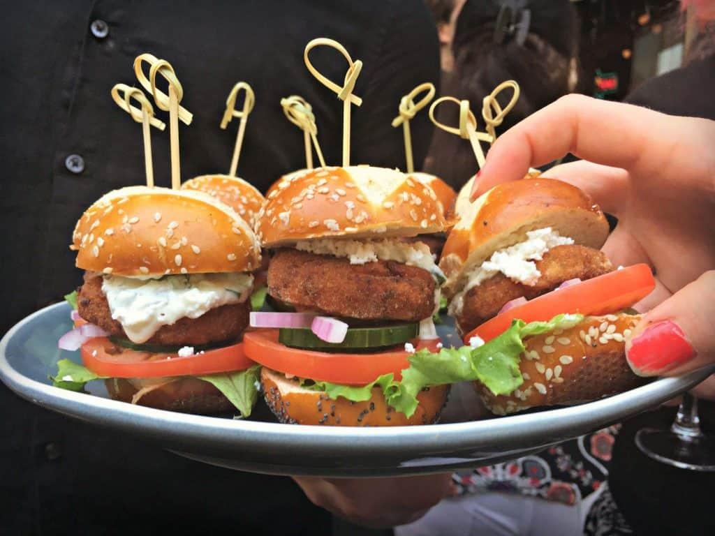 Burgers - Le Saloon - Montréal