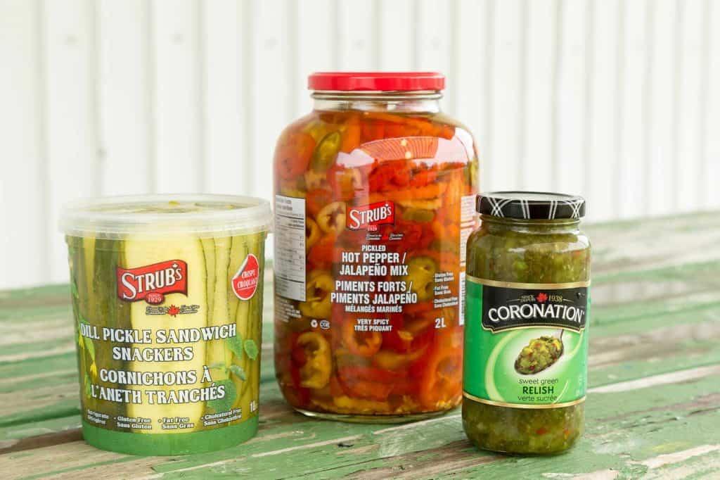 Produits des Aliments Whyte's : cornichons, piments forts et relish
