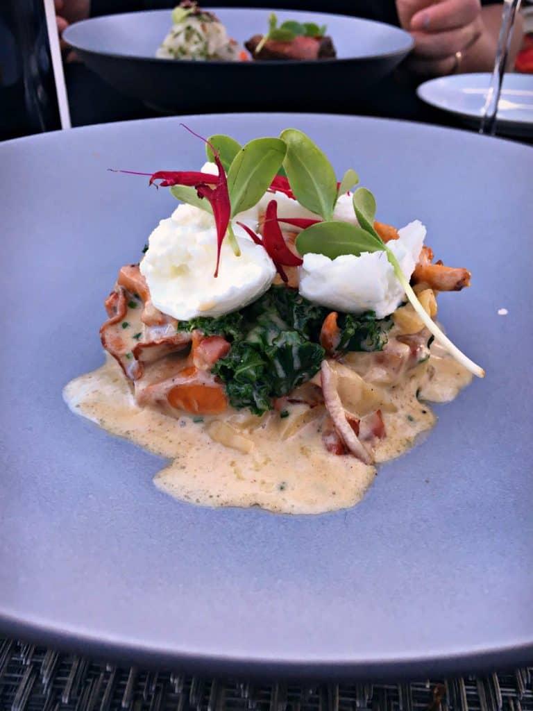 Tagliatelles , chantelrelles, pancetta, mozzarella di bufala, sauge - restaurant Poivre Noir - Trois-Rivières