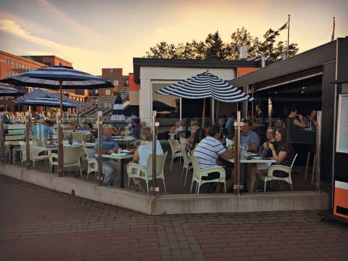 Terrasse du restaurant Poivre Noir - Trois-Rivières