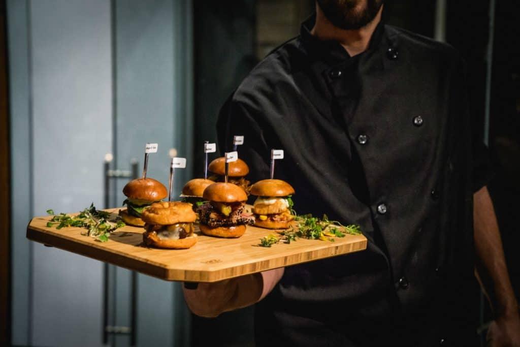Plateaux de miniburgers - Taboo Cuisine Rebelle