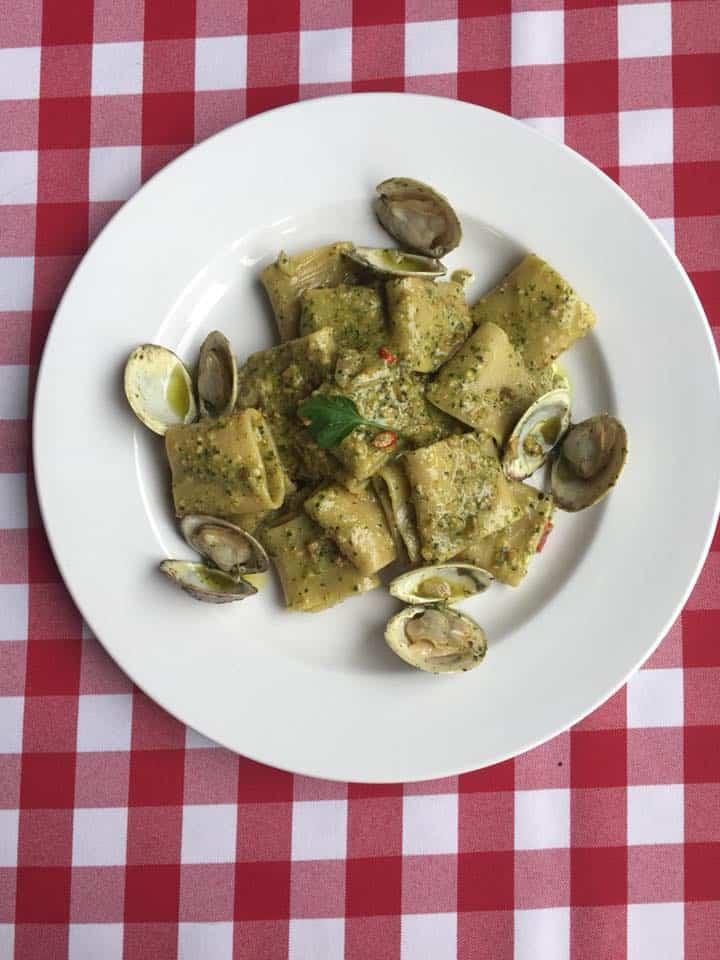 Paccheri pistacchio, vongole - servis chez Kesté durant la Pasta Week