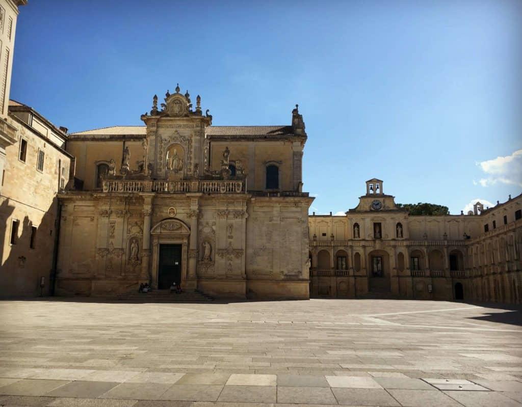 Piazza Duomo à Lecce - les Pouilles - Italie | Guide de voyage : 5 jours dans les Pouilles, quoi voir et quoi faire