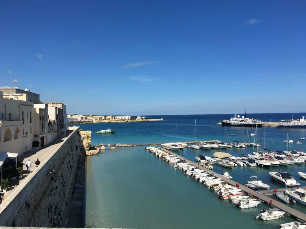 Eau cristalline à Otranto - les Pouilles - Italie | Guide de voyage : 5 jours dans les Pouilles, quoi voir et quoi faire