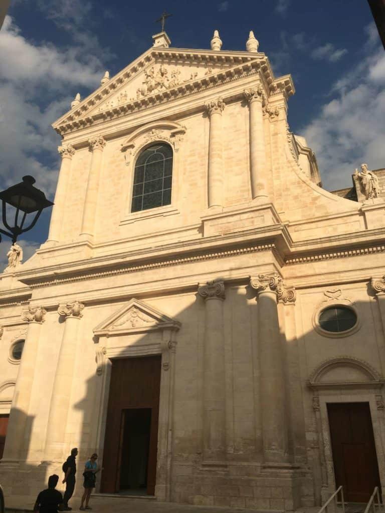 Chiesa Madre, Locorodonto - les Pouilles - Italie | Guide de voyage : 5 jours dans les Pouilles, quoi voir et quoi faire