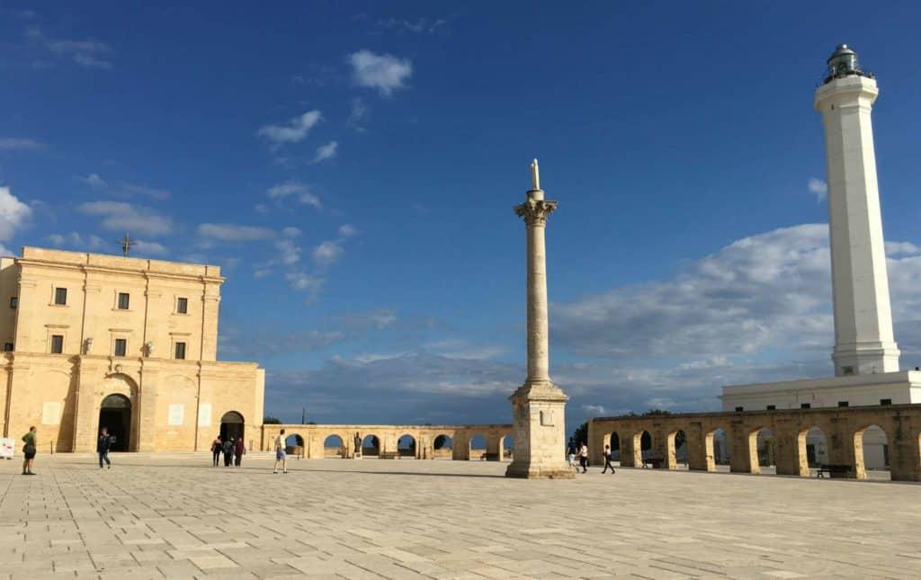 Santa Maria di Leuca - Longer la côte entre Otranto et Leuca pour toucher le bout du talon de la botte italienne - les Pouilles - Italie | Guide de voyage : 5 jours dans les Pouilles, quoi voir et quoi faire