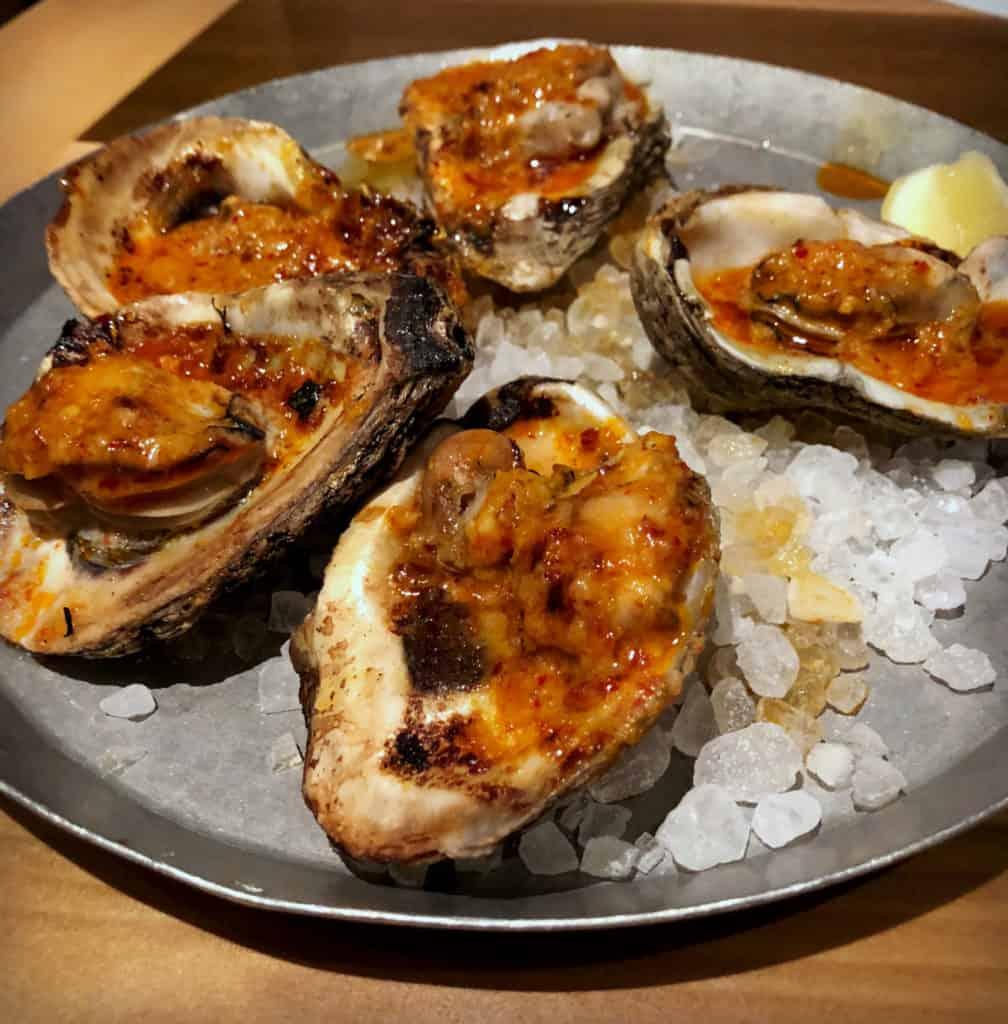 Les huitres grillées de Chez Cochon à la Nouvelle-Orléans, un régal - Spécialités culinaires de la Louisiane