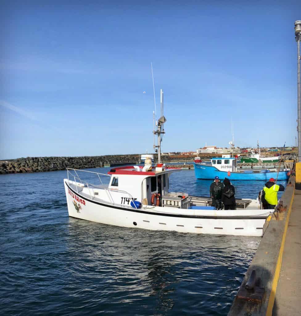 Le bateau de pêche - La pêche aux homards aux Îles de la Madeleine : de l'océan à notre assiette