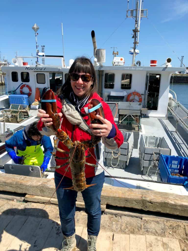 Ballade sur les quais durant la saison de la pêche aux homards aux Îles de la Madeleine