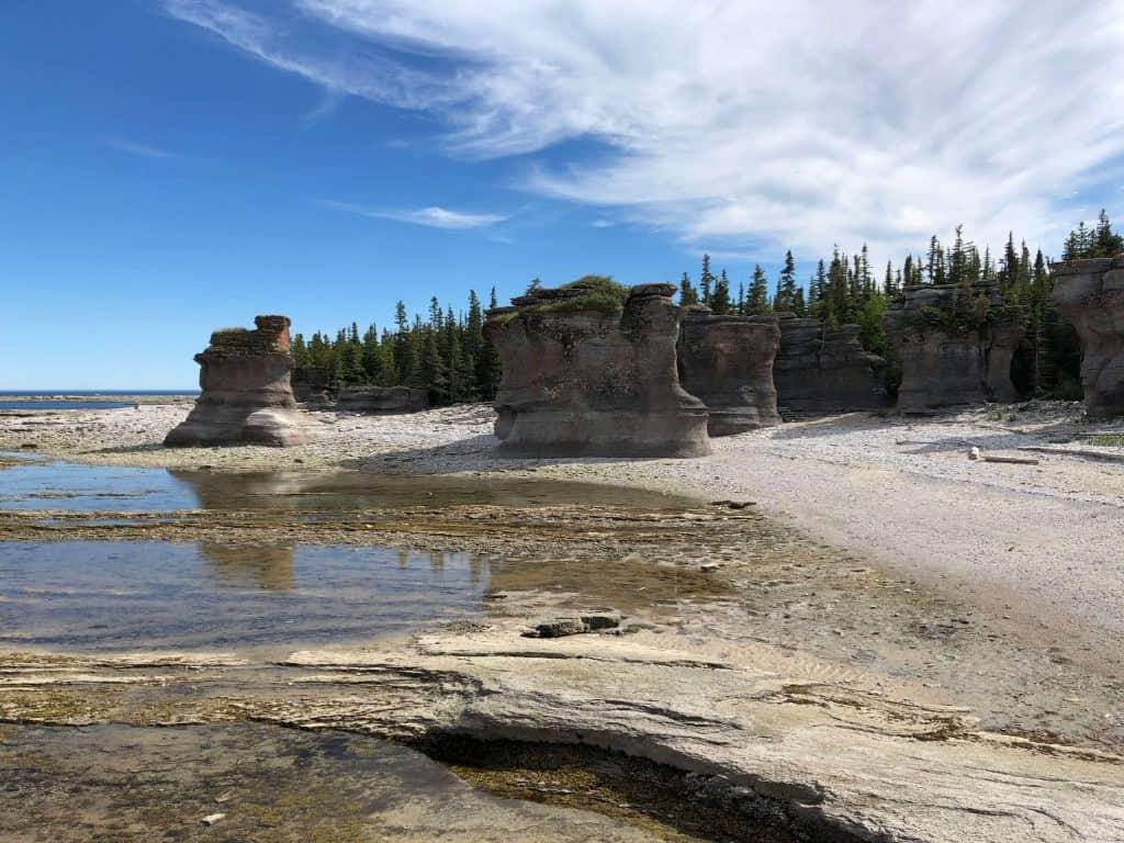 Monolithes de l'île de Niapiskau