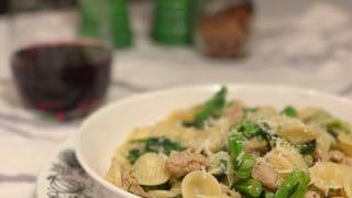 Orecchiette aux saucisses italiennes et rapinis