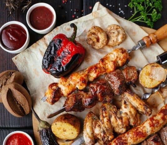 10 astuces pour cuisiner comme un pro sur le BBQ