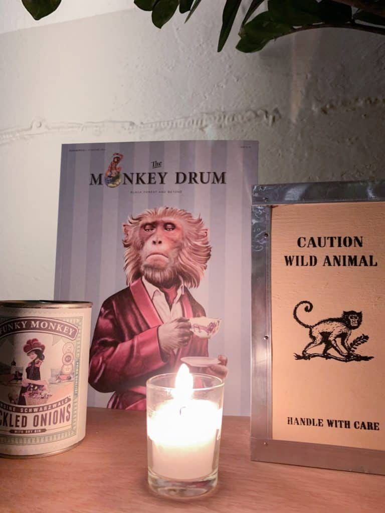 materiel promotionnel du gin Monkey 47