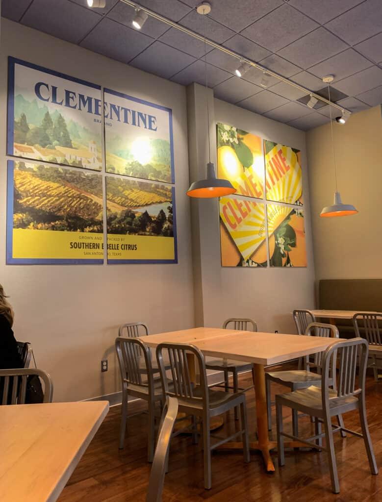 Intérieur du restaurant Clementine à San Antonio