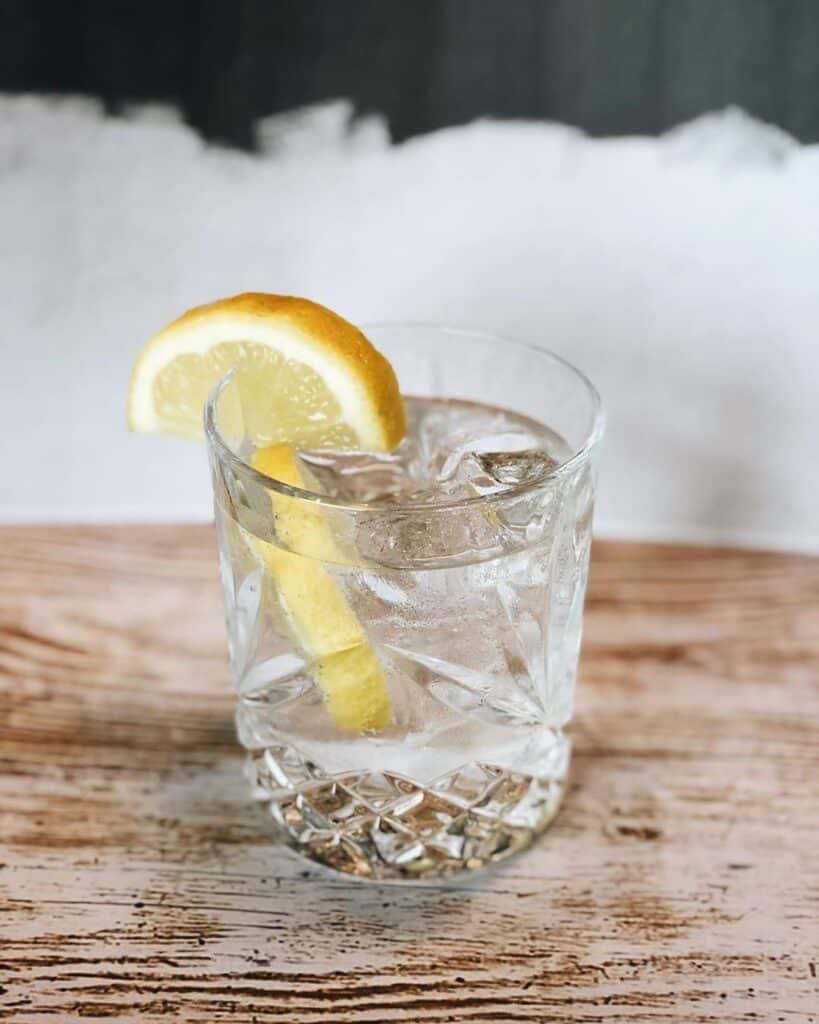 Un gin tonic sans alcool