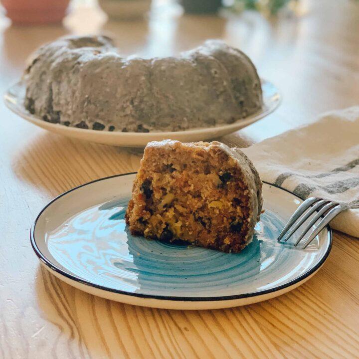 Gâteau aux carottes, ananas et noix de Grenoble