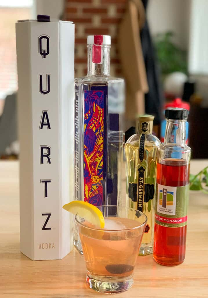 Cocktail Grand Fizz avec la vodka Quartz