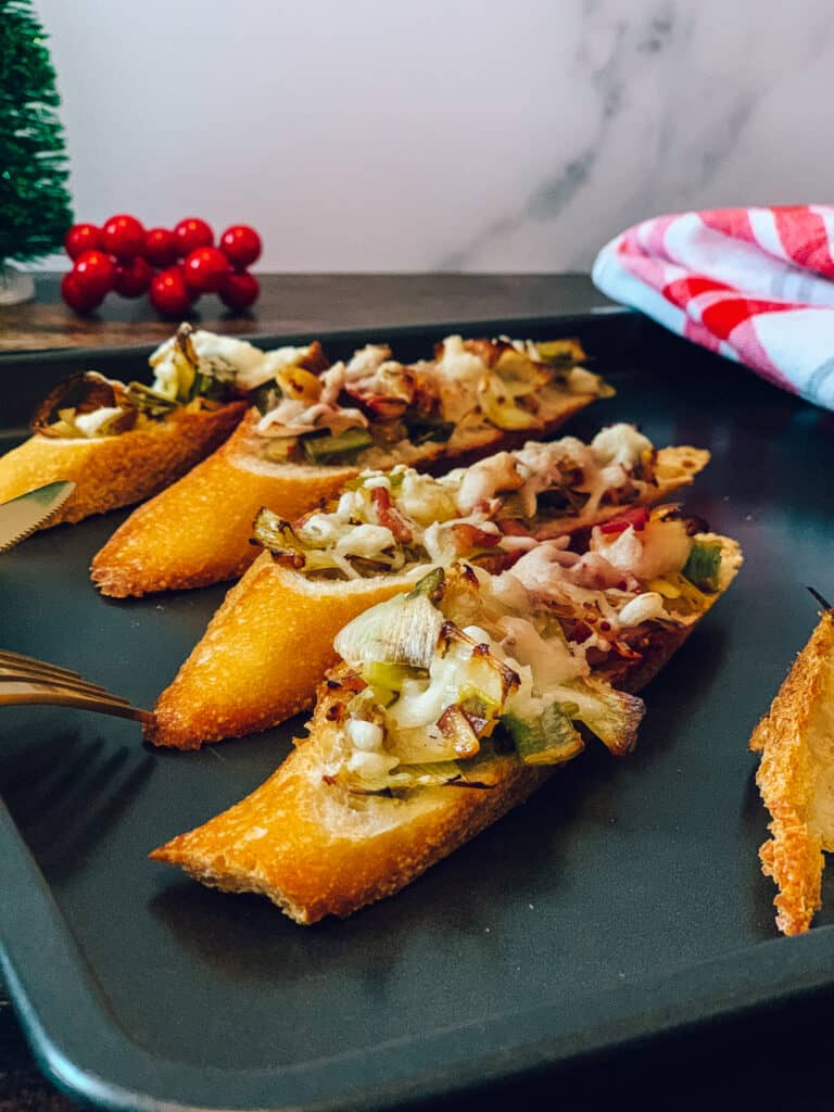 Bouchées de poireaux et bacon gratinées