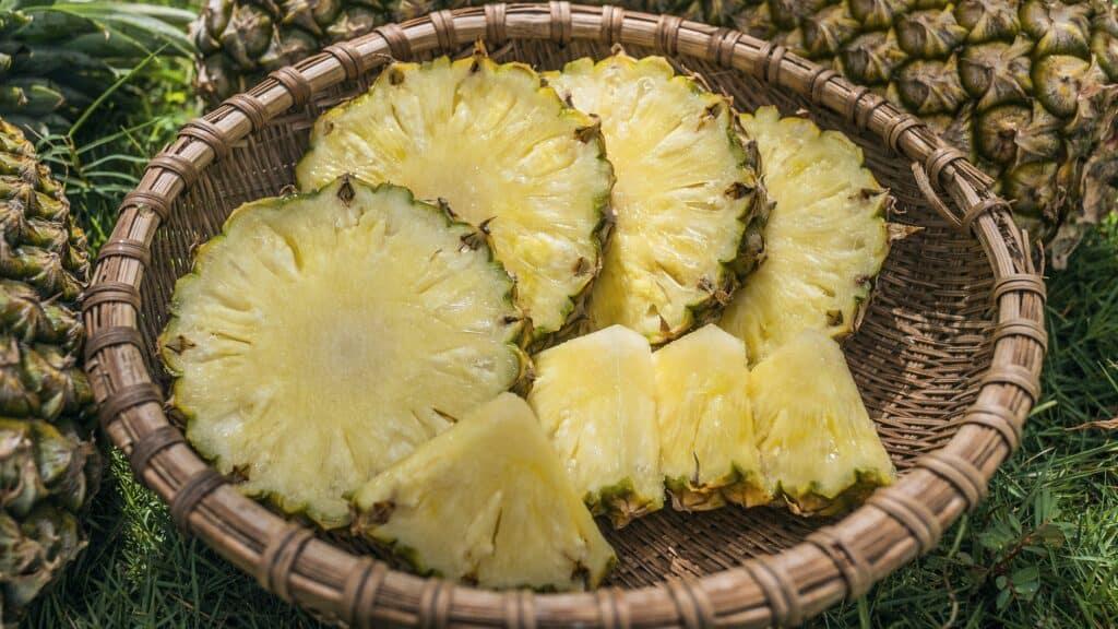 Ananas coupé