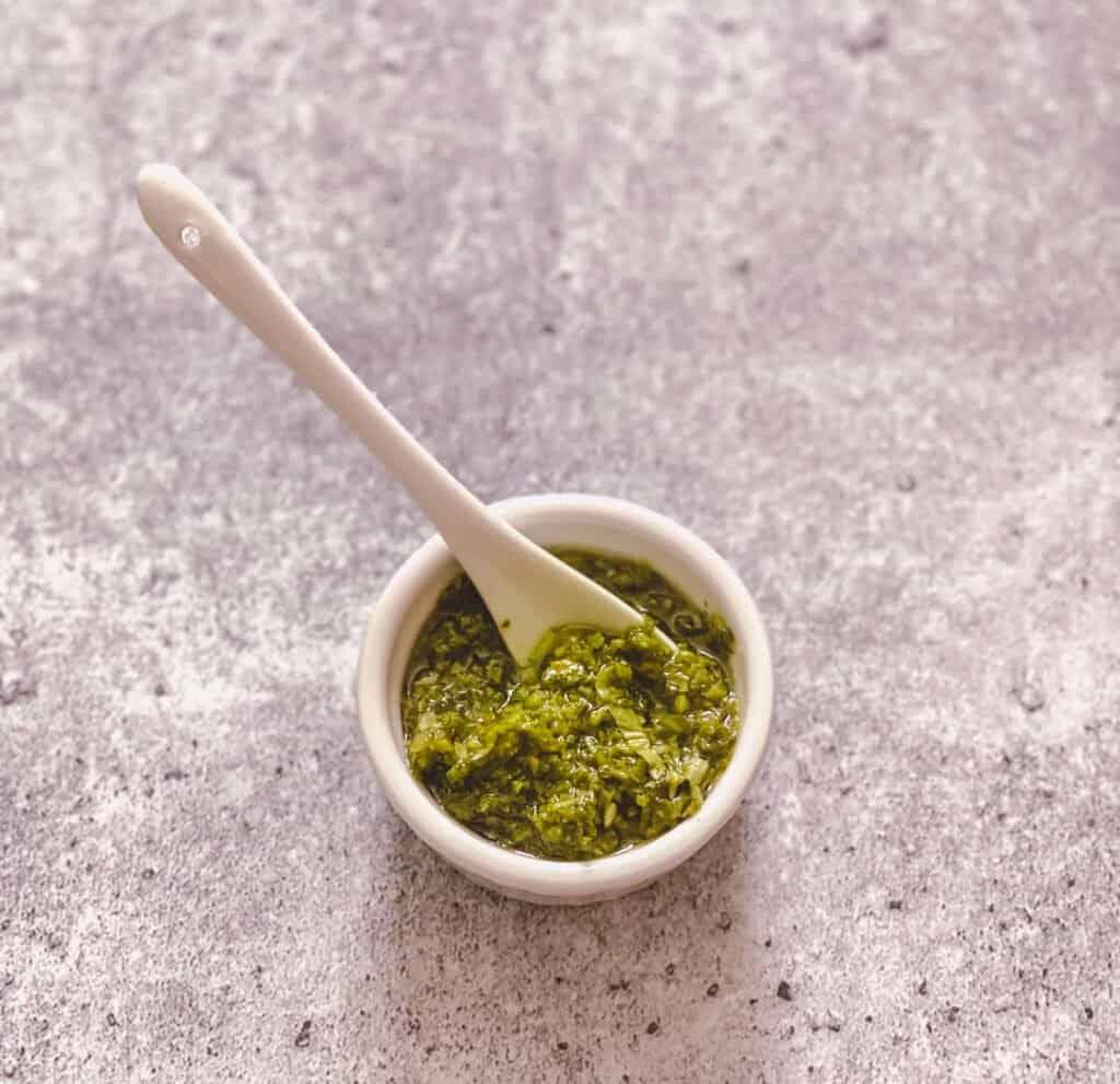 Sauce aux herbes et à la coriandre